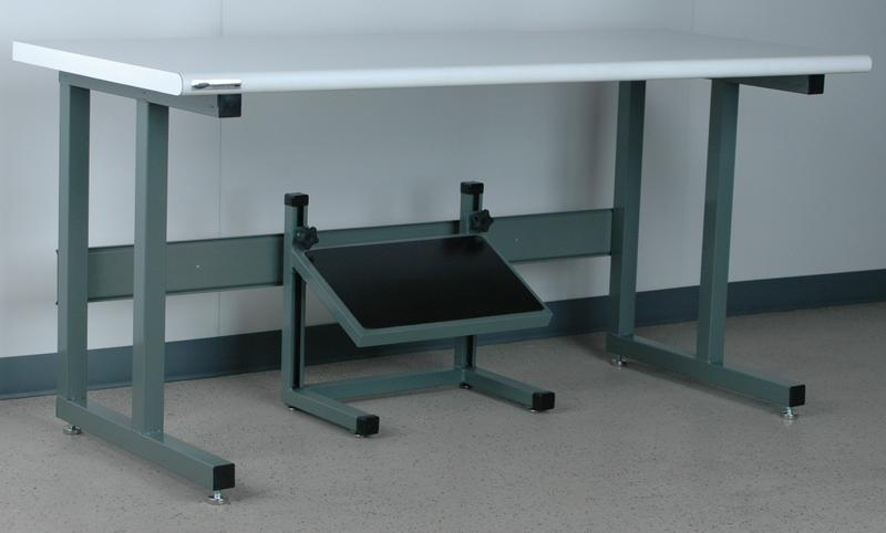 Stackbin Workbenches Fixed Angle Footrest Unit